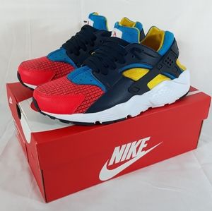 BOYS: Nike Huarache Run Now Shoes Size 6.5Y